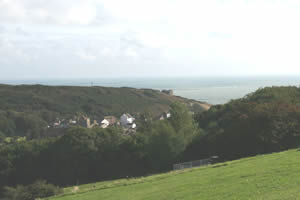Picture of the distant sea across Hastings Old Town